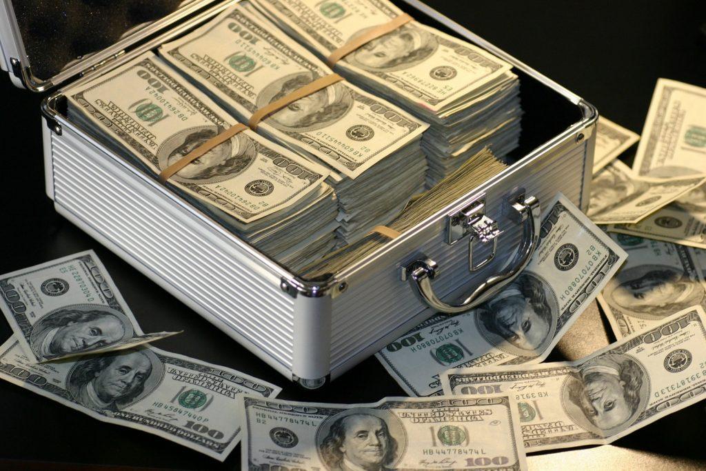 Earning Big Money? I Can, I Do, I Love To