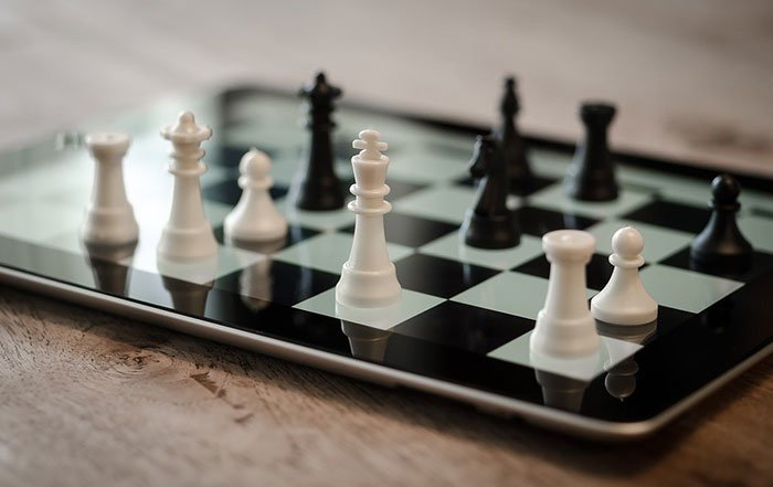 6 Killer Competitive Advantages Custom iPhone Apps Will Bring to Your Business in 2016!