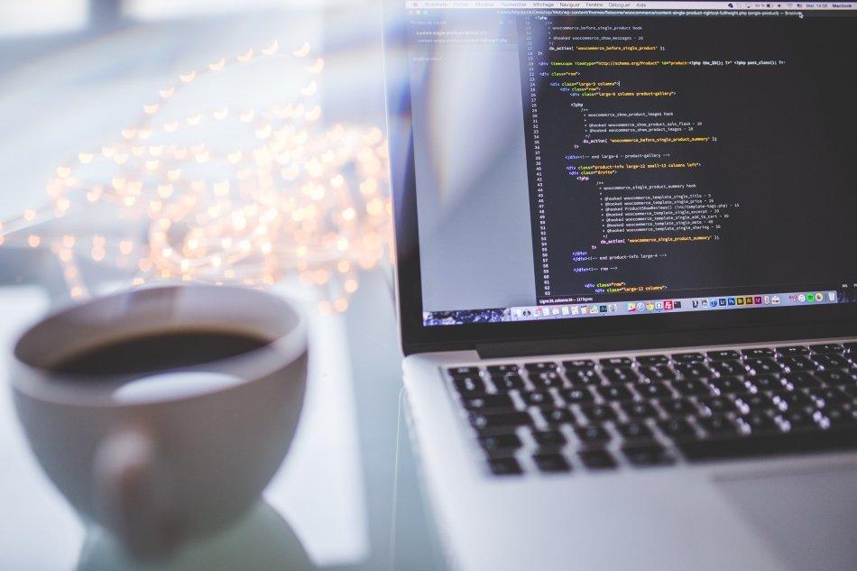 How to make Java Wait