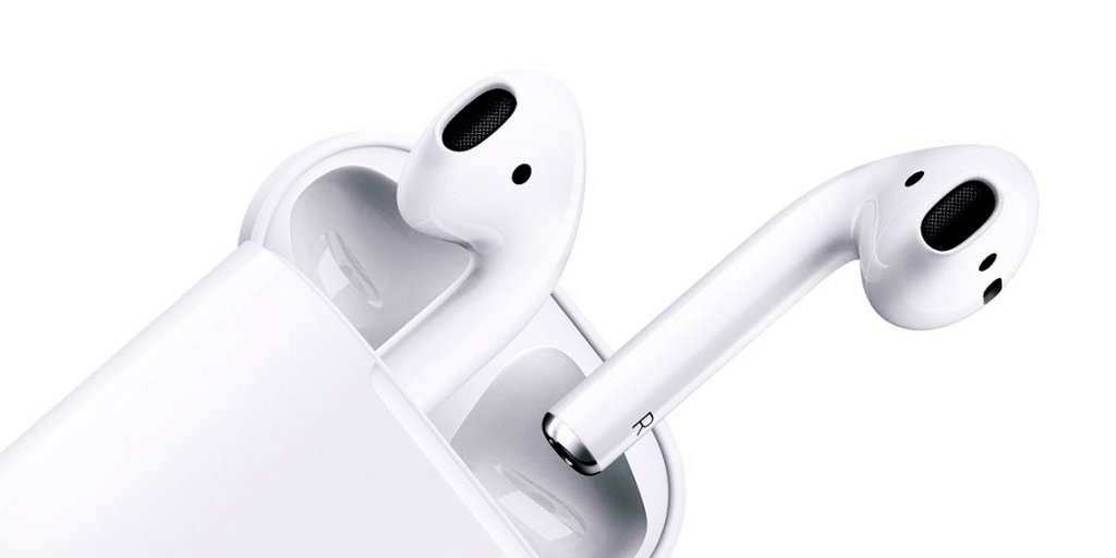 "iPhone 7: Waterproof and ""soundproof"" Or Are The AirPods Any Good?"
