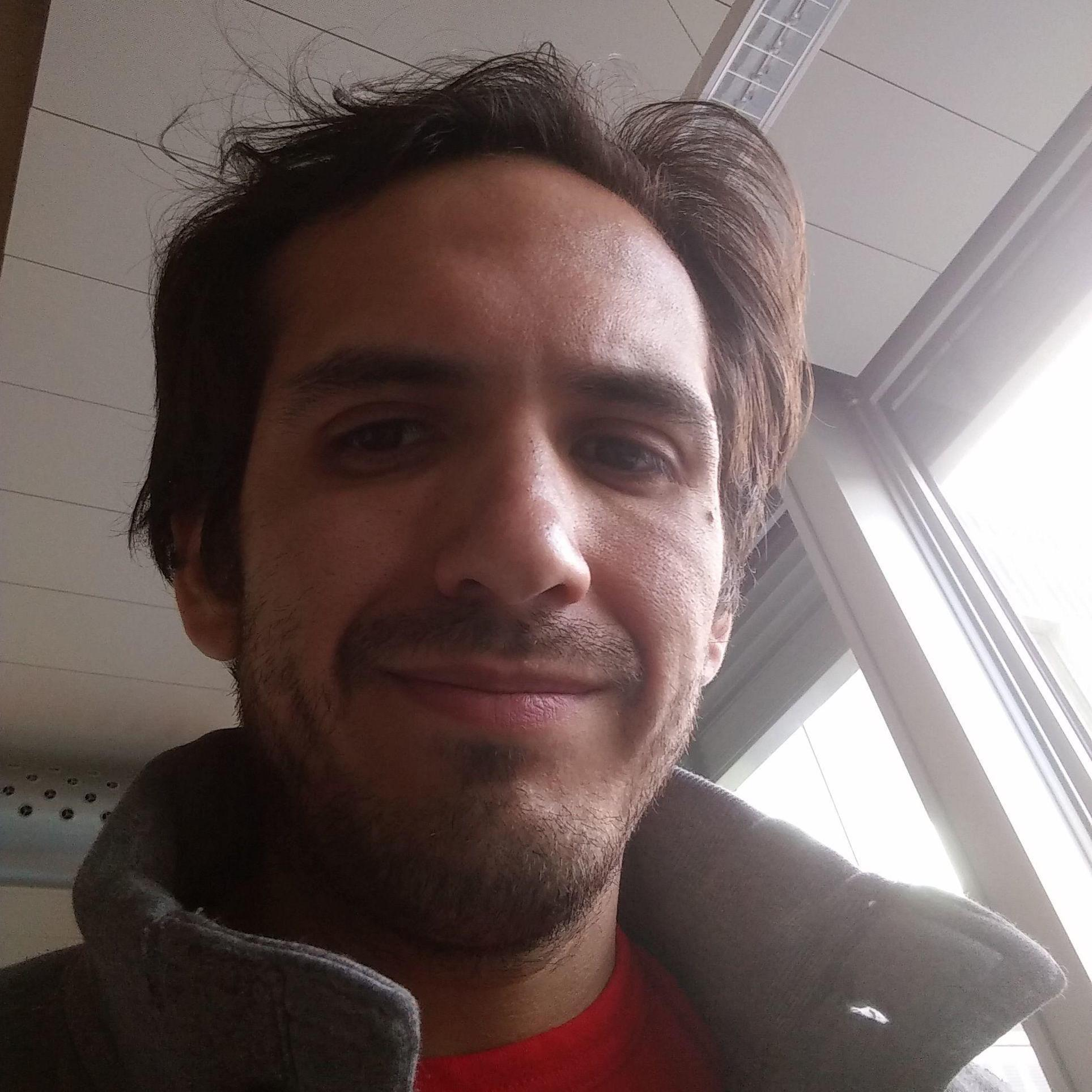 https://secure.meetupstatic.com/photos/member/6/a/0/8/highres_256947144.jpeg